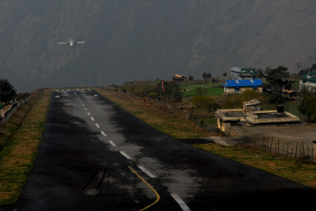 Plane flying into Lukla airport